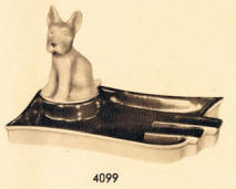 4099 Ashtray with Dog