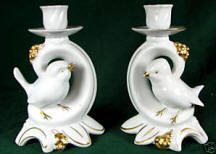 4988/A White Bird with Berry Cluster in Gold Trim