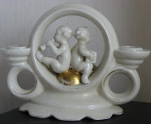 5319 cherubs on gold ball candleholder