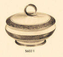 5602/1 Covered Dish