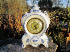 5758/3 Blue Onion mantle clock