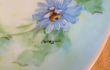6832-1-tableware-blue-daisies-sherry-chapin-artist-fordyce
