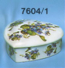 7604/1 Heart trinket box