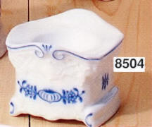 8504 Blue Onion egg cup