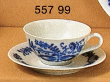 557-99 Blue Onion Cup & Saucer
