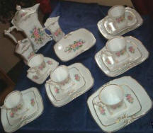 Tea Rose Tableware Set